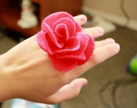 .  Make a fabric ring in under 30 minutes by sewing and sewing Inspired by kawaii, flowers, and flowers. Version posted by dapperdays. Difficulty: Simple. Cost: Cheap.