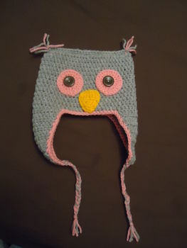Woo wooo .  Make an animal hat by crocheting with crochet hook and wool. Inspired by birds and kawaii. Creation posted by Claire J. Difficulty: Easy. Cost: Absolutley free.