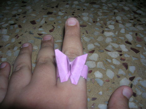 Looks like butter fly .  Make a paper ring in under 10 minutes by papercrafting, paper folding, and paper folding with paper. Inspired by butterflies and clothes & accessories. Creation posted by amandeep t. Difficulty: Simple. Cost: No cost.