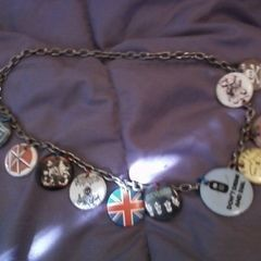 Morphing Pins Into A Necklace...