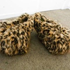 Furry Paw Feet (Cosplay)