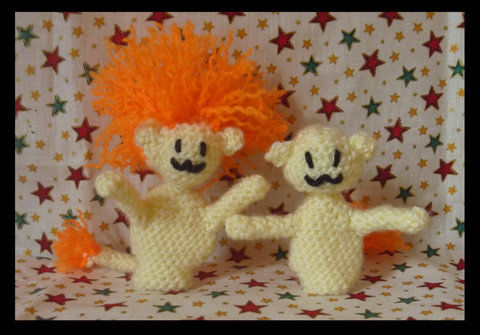 Medium lion finger puppets by hanratty stock d48yzze