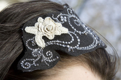 My holiday hair piece :) Plus, it's interchangeable!  .  Make an applique headband in under 30 minutes by hairstyling, embellishing, and not sewing with felt and ribbon. Inspired by christmas, gothic, and costumes & cosplay. Creation posted by Alex B.  in the Jewelry section Difficulty: Easy. Cost: Cheap.