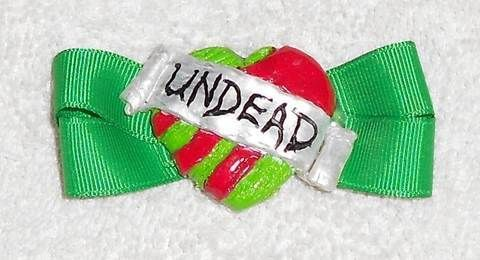 .  Make a hair clip / barrette in under 90 minutes by molding and decorating Inspired by halloween, zombies, and gothic. Version posted by Queen of the Sidhe. Difficulty: Simple. Cost: Cheap.