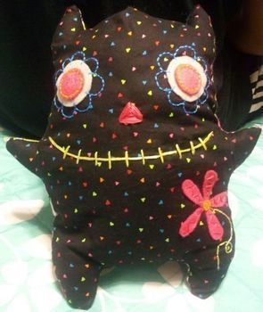 .  Make a food plushie in under 120 minutes Inspired by domo kun, domo kun, and domo kun. Version posted by Criis T. Difficulty: 3/5. Cost: Cheap.
