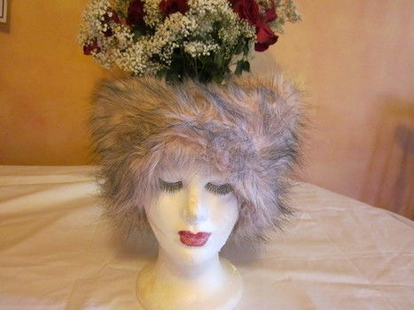 What's new Pussy Cat whoa a whoa whoa whoa (Tom Jones) .  Free tutorial with pictures on how to make an animal hat in under 60 minutes by sewing with thread and faux fur. Inspired by cats, costumes & cosplay, and kawaii. How To posted by Nikki S. Difficulty: 4/5. Cost: 3/5. Steps: 7