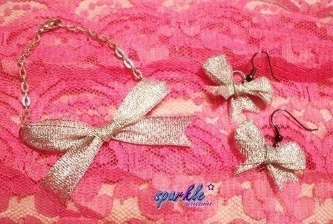 .  Make a bow bracelet in under 5 minutes Inspired by bows. Version posted by Cookies  and Cream. Difficulty: Simple. Cost: Absolutley free.