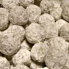 World's Easiest Rum Balls