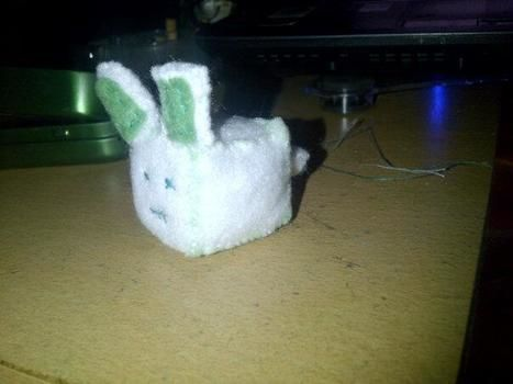 .  Make rabbit plushie in under 120 minutes Inspired by rabbits and cubes. Version posted by NightRaven. Difficulty: Simple. Cost: Cheap.