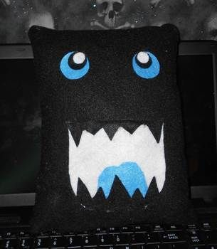 .  Sew an applique cushion in under 120 minutes by sewing and felting Inspired by halloween, gothic, and costumes & cosplay. Version posted by Queen of the Sidhe. Difficulty: Simple. Cost: Absolutley free.