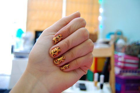 Another animal inspired creation! .  Paint an animal nail in under 40 minutes by nail painting and nail painting with nail varnish and dotting tool. Inspired by creatures and leopard print. Creation posted by Grace. Difficulty: Simple. Cost: No cost.