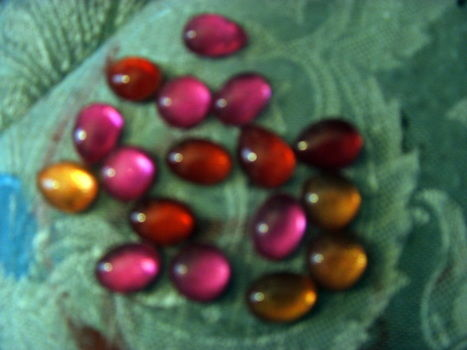 Cute and simple. Good for use in future projects.  .  Free tutorial with pictures on how to make a beads in under 10 minutes by nail painting and decorating with nail polish and plastic gems. How To posted by Supernova's Child.  in the Decorating section Difficulty: Easy. Cost: No cost. Steps: 4