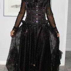 Renaissance Skirt