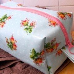 Oil Cloth Washbag