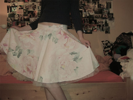 You spin me right round baby, right round.. .  Make a circle skirt in under 60 minutes by sewing with fabric. Inspired by vintage & retro and kawaii. Creation posted by FrolleinKram. Difficulty: Easy. Cost: Cheap.