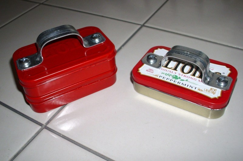 Mini toolbox from altoids tin a mint tin for trinkets for Tin projects