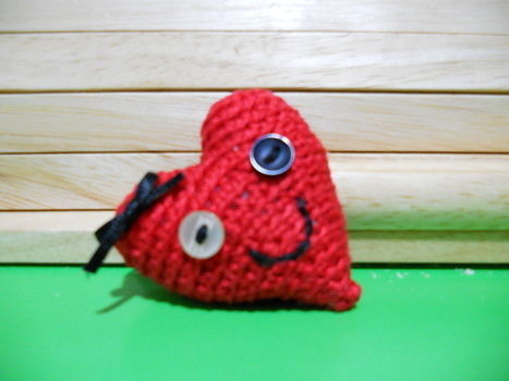 .  Stitch a knit or crochet heart brooch in under 30 minutes by crocheting and amigurumi Inspired by valentine's day, hearts, and clothes & accessories. Version posted by Yoly. Difficulty: Simple. Cost: Absolutley free.