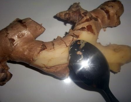 A quick, safe and easy way to peel ginger .  Free tutorial with pictures on how to cook a vegetable dish in under 5 minutes by cooking with spoon and ginger. Recipe posted by KMOM14. Difficulty: Easy. Cost: No cost. Steps: 1