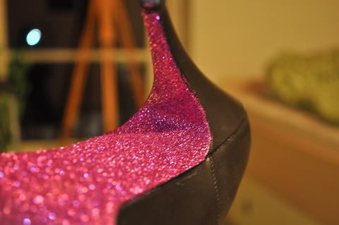 Easy made shiny and glittery stilettos. You can do this on stilettos, or whatever you like. :) .  Free tutorial with pictures on how to decorate a pair of glitter shoes in under 30 minutes by decorating with glue, paint brush, and glitter. How To posted by Jamie Fame Flame. Difficulty: Simple. Cost: Absolutley free. Steps: 11