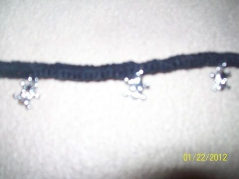 Yarn instead of hemp .  Braid a necklace in under 20 minutes using yarn and charms. Creation posted by Denise. Difficulty: Simple. Cost: Absolutley free.