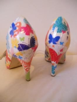 .  Make a pair of decoupage shoes in under 120 minutes by decoupaging Version posted by Ros. Difficulty: Easy. Cost: Absolutley free.