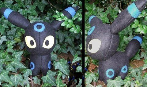 Umbreon I choose you! .  Make a food plushie by sewing with felt, felt, and felt. Inspired by pokemon, domo kun, and domo kun. Creation posted by Arianna R. Difficulty: 5/5. Cost: 3/5.