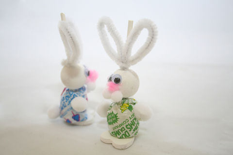 Adorable, chubby bodied candy bunnies. .  Make a model or sculpture in under 20 minutes by decorating food and decorating with acrylic paint, wood, and pipe cleaners. Inspired by candy and easter. Creation posted by Spangler C.  in the Decorating section Difficulty: Easy. Cost: Cheap.
