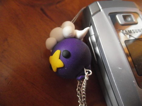 A cute little purple pokemon to hang from your phone and show off (: .  Free tutorial with pictures on how to make a charm / keyring in under 45 minutes by jewelrymaking and molding with polymer clay, polymer clay, and polymer clay. Inspired by pokemon. How To posted by BluStache. Difficulty: Simple. Cost: 3/5. Steps: 10