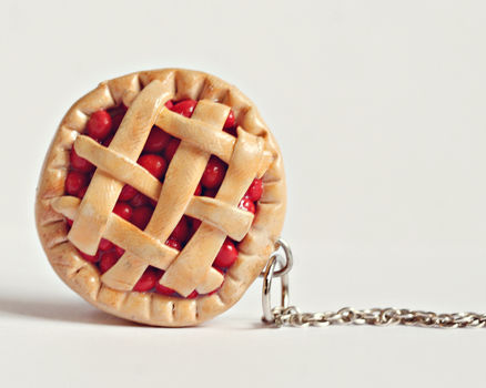 Good ole fashion cherry pie! .  Sculpt a clay pie in under 30 minutes by molding with wire, polymer clay, and jump ring. Creation posted by Jillyland. Difficulty: Simple. Cost: Cheap.