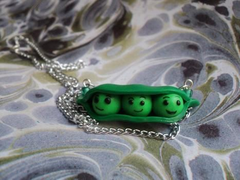 A necklace from toy story peas :) .  Sculpt a clay food necklace in under 40 minutes using polymer clay. Creation posted by Haruka xz. Difficulty: Simple. Cost: 3/5.