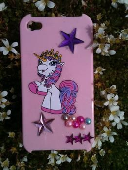Cute iphone cover .  Embellish a sticker case by embellishing with beads and phone case. Inspired by unicorns. Creation posted by kellbear . Difficulty: Simple. Cost: 3/5.
