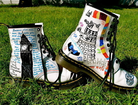 Doctor Who Docs 183 A Pair Of Character Shoes 183 Art And Drawing On Cut Out Keep