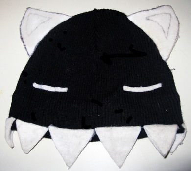 This is an incredibly easy project that anyone can do and that takes very little time. Perfect for any fan of anime or cuteness!  .  Free tutorial with pictures on how to make an animal hat in under 30 minutes by not sewing with scissors, felt, and fabric glue. Inspired by anime & manga, cats, and creatures. How To posted by Erin F. Difficulty: Simple. Cost: Cheap. Steps: 3