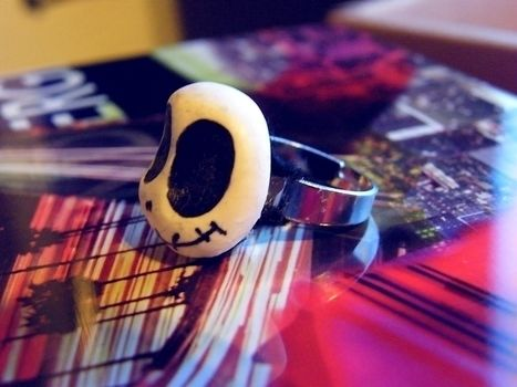 Jack Skellington! .  Make a clay ring in under 10 minutes by jewelrymaking with felt, hot glue gun, and polymer clay. Inspired by halloween, nightmare before christmas, and gothic. Creation posted by Anna H. Difficulty: Easy. Cost: No cost.