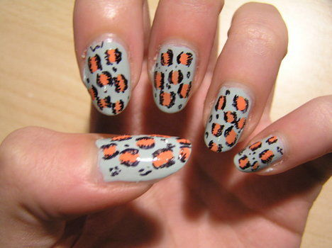 .  Paint an animal nail in under 15 minutes by nail painting Inspired by kawaii and leopard print. Version posted by Nowsy. Difficulty: Simple. Cost: Absolutley free.