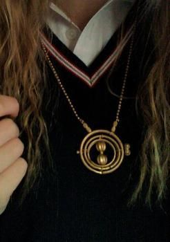 .  Make a wire charm in under 30 minutes by spraypainting, beading, jewelrymaking, and wireworking Inspired by harry potter, clothes & accessories, and hermione. Version posted by Mahala.Ann. Difficulty: Simple. Cost: Cheap.