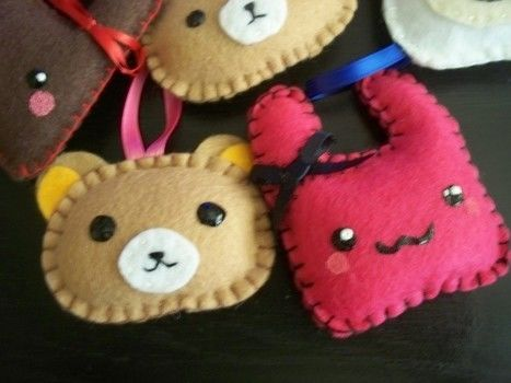 Felt plushies & pouches .  Make a cat plushie in under 60 minutes by sewing and embroidering with felt. Inspired by hello kitty, gothic, and monsters. Creation posted by Jessica. Difficulty: Easy. Cost: Cheap.