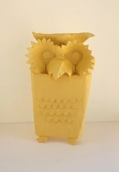 Quick and easy paper project for owl fans .  Free tutorial with pictures on how to make a recycled model in under 30 minutes by papercrafting with egg carton. Inspired by owls. How To posted by Nini. Difficulty: Easy. Cost: No cost. Steps: 5