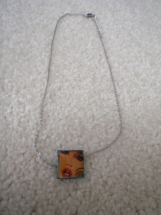 Comic Book Resin Charms More 183 How To Make A Resin Pendant 183 Jewelry Making And Resin On Cut