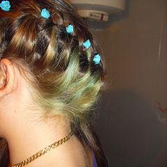 Hair Blue Roses
