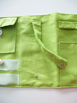An organised way to take your jewellery with you on vacation .  Make an embellished pouch in under 120 minutes by sewing with fabric, buttons, and elastic. Inspired by clothes & accessories. Creation posted by Birgit. Difficulty: Simple. Cost: Cheap.