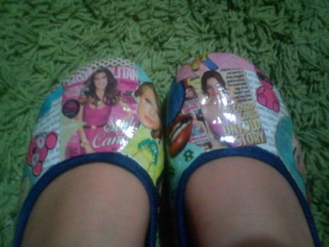 Magazine shoes!!! :) .  Free tutorial with pictures on how to make a pair of decoupage shoes in under 150 minutes by creating, papercrafting, and collage with glue, magazine, and shoes. Inspired by shoes. How To posted by honey bunny. Difficulty: Easy. Cost: 3/5. Steps: 11
