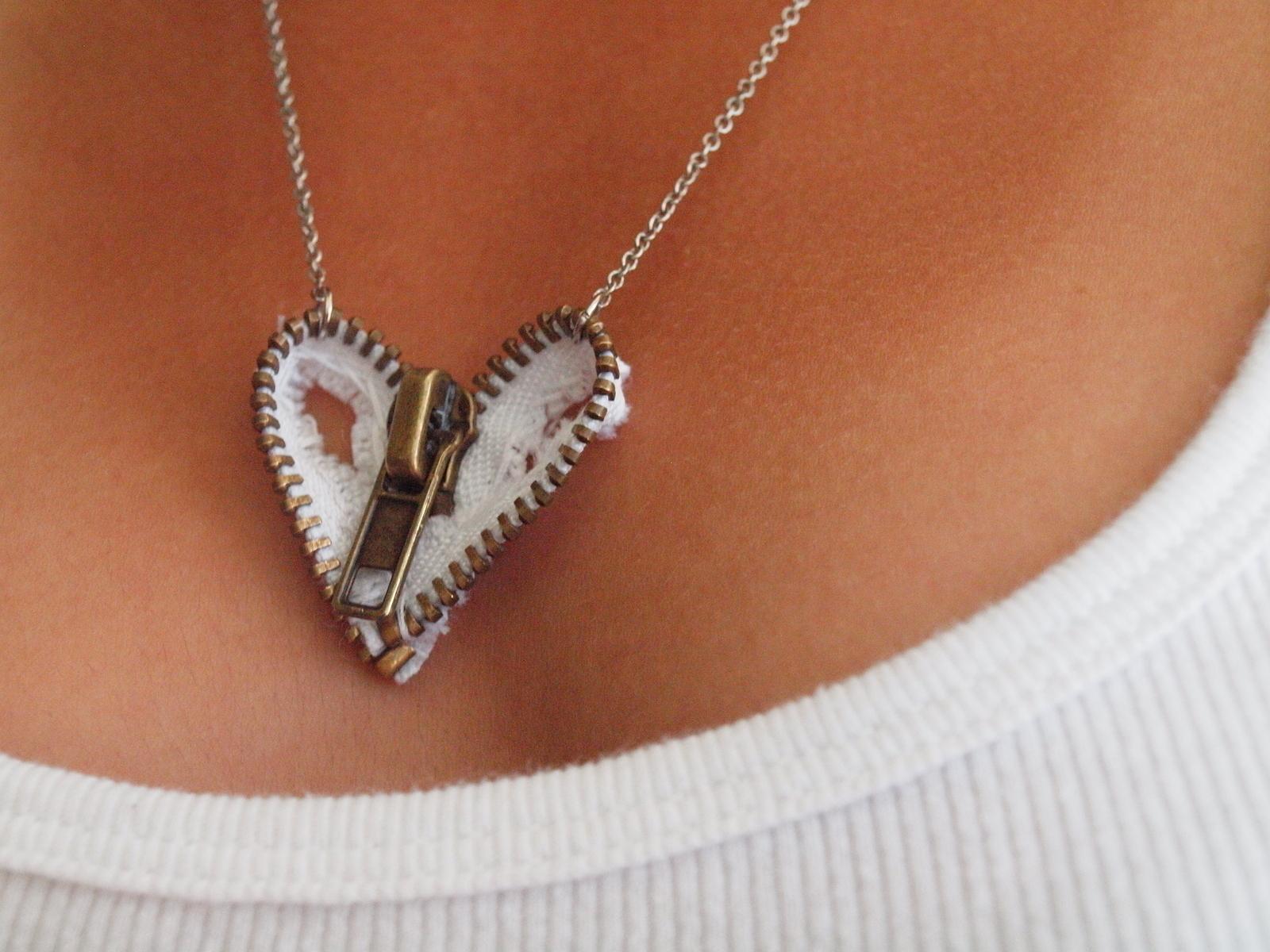 Zipper Heart Necklace 183 How To Make A Zipper Necklace