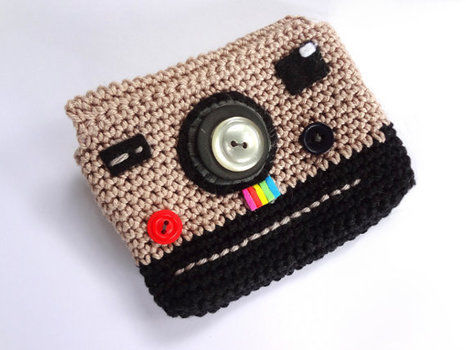.  Stitch a knit or crochet pouch in under 120 minutes by yarncrafting, crocheting, and amigurumi Inspired by camera and polaroid. Version posted by EVEnl. Difficulty: Simple. Cost: Cheap.