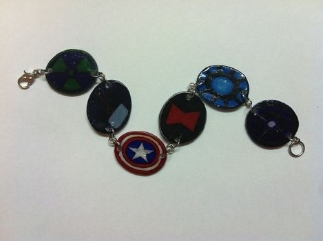 Assemble! .  Make a recycled bracelet in under 90 minutes by jewelrymaking with jump rings, clasps, and colored pencil. Inspired by iron man, clothes & accessories, and captain america. Creation posted by Princess Pam-attitude . Difficulty: Simple. Cost: Absolutley free.