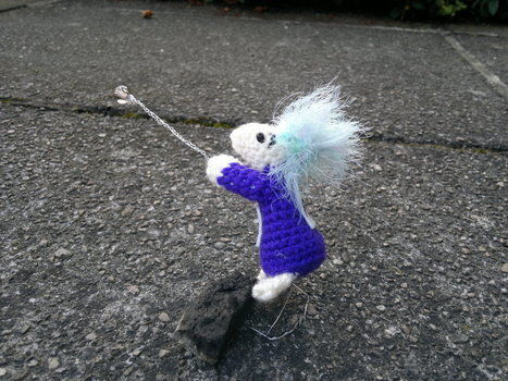 Because why shouldn't Lemmings get a modern day make over? .  Make a character plushie in under 120 minutes by embroidering, wireworking, yarncrafting, crocheting, and amigurumi with felt, yarn, and yarn. Inspired by computer games, british, and creatures. Creation posted by HotPinkCrayola. Difficulty: 3/5. Cost: Absolutley free.