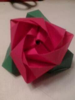 Magic Rose Cube - DIY Modular Origami Tutorial by Paper Folds ... | 320x240