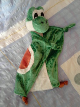 .  Make a Yoshi plushie in under 120 minutes by sewing Inspired by creatures. Version posted by Ulrike A. Difficulty: Simple. Cost: Absolutley free.