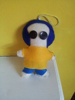 Coraline- Creepy Scruffy Dolly!  .  Sew a movie plushie in under 60 minutes using felt, ribbon, and buttons. Inspired by halloween, monsters, and coraline. Creation posted by Hayley S. Difficulty: Easy. Cost: Absolutley free.