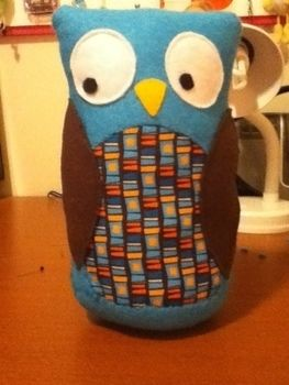 Hoot hoot! .  Make a bird plushie in under 60 minutes by sewing with felt, thread, and sewing machine. Inspired by owls and owls. Creation posted by Mahala.Ann. Difficulty: Easy. Cost: Absolutley free.